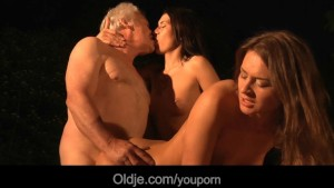 lucky grandpa bangs with two sexy beauties xxx.harem.pt