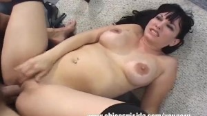 Busty MILF Carrie Using Blowjo