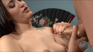 Sexy handjob with a happy ending on her tits