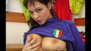 Young busty Jennifer masturbat