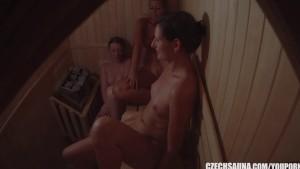 Amateur Naked Girls Spied on Hidden Camera