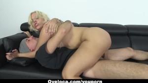 OyeLoca - Busty Latina Blondie Fesser Fucks Her Fans