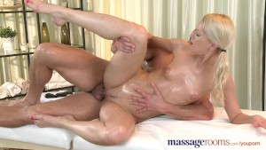 Massage Rooms Athletic blonde