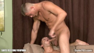 Married guy gets cock sucked and winked