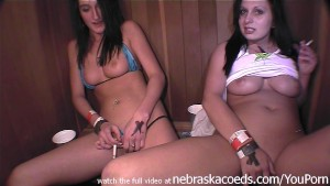 girls smoking and masturbating iwth extreme closeups in a sauna