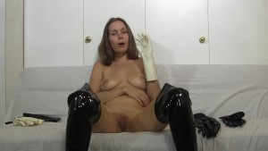 I masturbate in lots of different types of gloves and materials