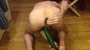 Shy4now put 2 cucumbers in his ASS and deep anal