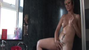 Gorgeous UK MILF Tracy Venus f