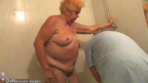 Old chubby granny sucks dick a