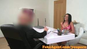 FakeAgent Horny mature amateur shows off her fucking skills