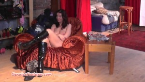 Czech 24yo amateur shows her big boobs at the CASTING