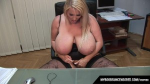 Huge Natural Tits Laura M Masturbates In Her Office