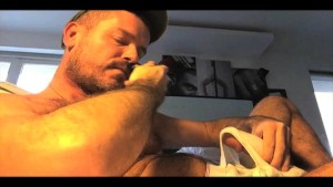 TIERY B. - WHITE BOXER SHORTS - Hot sexy stud having self-pleasure - Muscular and hairy - Mushroom glans - Fat cock - Big load -