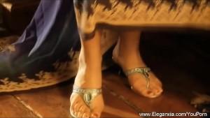 Bollywood babe Dancing MILF