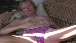 Amateur MILF Swinger Neighbor
