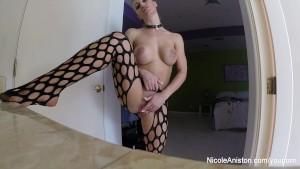 Nicole Aniston Masturbates