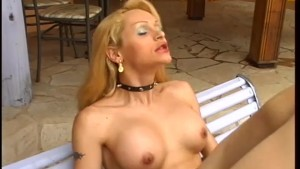 She Takes Cum To The Chest - Wildlife