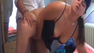 Amateur chubby wife action wit