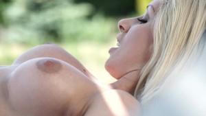 Melanie Gold s hot anal siesta