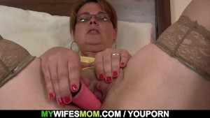 Son in law finds busty mom toying her horny pussy
