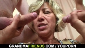 Two young dudes bang a pretty mommy