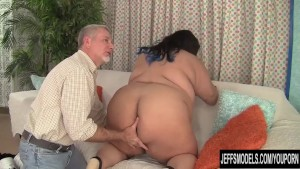 Fatty Asian BBW Sugar gets fuc