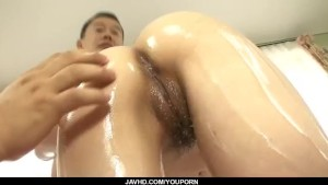 Kanae Serizawa fucks with two males in dirty trio