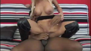 A pretty blonde milf France fucked a big black dick