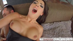 Allinternal busty hottie gets