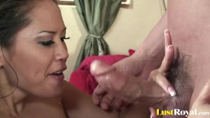Perfect blow from a hot cum-lover Jessica Bangkok