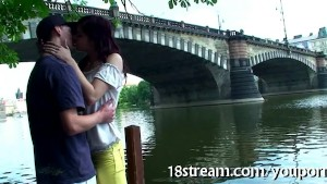 Steamy make out in the park