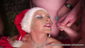 Christmas amateur cumshot faci