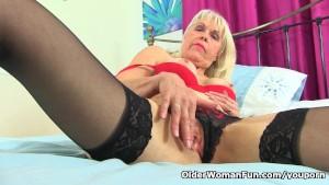 British gilf Lady Sextasy cont