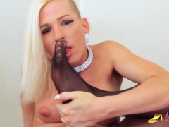 Jamie French show her feet and big dick in black nylon pantyhose - Transfeet