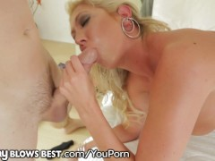 MommyBlowsBest Neighbor Caught Spying On The HORNY HOT MILF