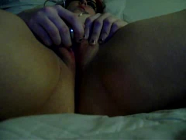 Beutiful girl sucking dick