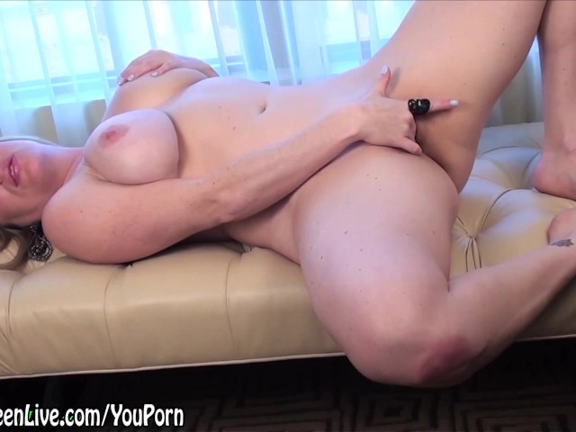 All natural busty maggie green gets fucked doggystyle 5