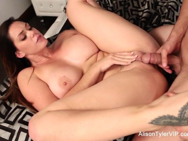 Swallowed adriana jynx and megan share the sloppy blowjob 5