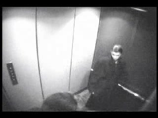 Secretary gives Blowjob In Elevator