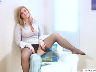 Leona Lee Couch Masturbation...
