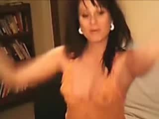 Webcam MILF Slut Wife Gets Horny And Strips...