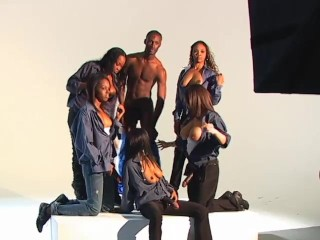 The Photo Shoot - X Traordinary Pictures