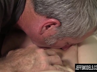 Bbw cherie a lunas gets her pussy munched...