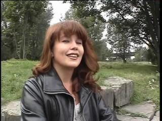 She Likes To Make Movies   Julia Reaves...