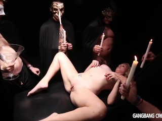 Sexy seance gets creamfilled...