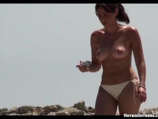 Hot ass bikini girls topless...