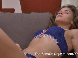 19 yo hottie in sexy lingerie bates orgasm...